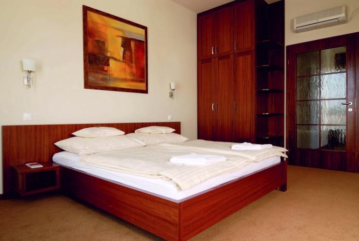 hotel_lajta_1